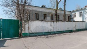 Главный дом (палаты), конец XVII — начало XVIII вв., 1784 г., 1875 г., городская усадьба с фабрикой Е.П. Петрова