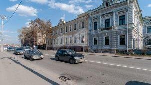 Западный флигель (контора), 1890-е гг., инженер-архитектор В.Г. Залесский, городская усадьба П.И. Харитоненко
