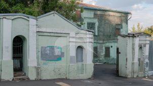 Ограда с двумя воротами, XIX в., городская усадьба А.И. Тессина — Н.Ф. и Э.А. Островских — С.К. Марк