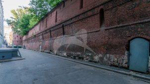Стена Китай города с башней, 1534-1538 гг., зодчий Петрок Малый