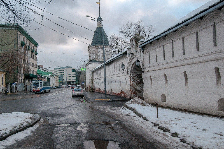 Башня юго-восточная, Андронников монастырь