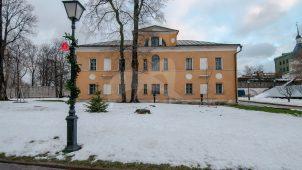 Здание бывшего Духовного училища, 1810-1814 гг., Андронников монастырь