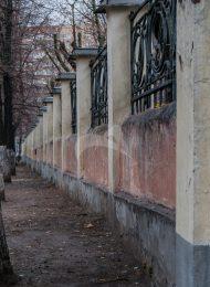 Ограда по 4-му Добрынинскому переулку, ансамбль Морозовской больницы