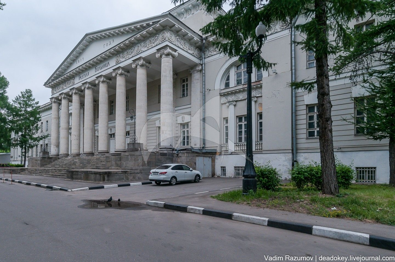 Центральный корпус с интерьерами, арх. М.Ф. Казаков, Первая Градская Больница, 1828-1833 гг.