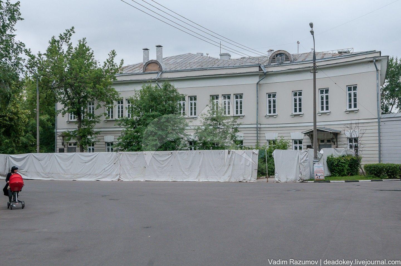 Боковой корпус, арх. О.И. Бове, Первая Градская Больница, 1828-1833 гг.