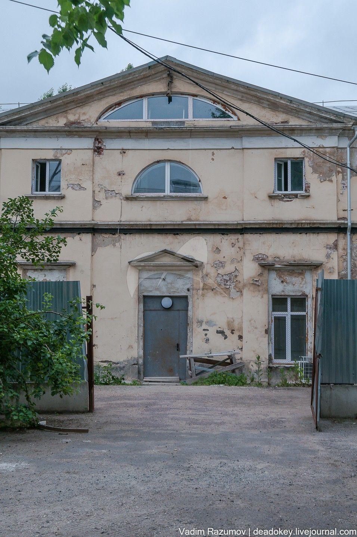 Дом для служащих, 1796-1801 гг., арх. М.Ф. Казаков, ансамбль Голицынской больницы