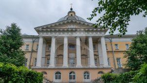 Главный корпус с интерьерами, арх. М.Ф. Казаков, Голицынская больница, 1796-1801 гг.