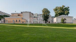 Территория двора с декоративной оградой, 1888 г., усадьба Шаховских (Красильщиковых)