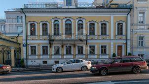 Главный дом, 1760-е гг., 1820-е гг., 1843 г., 1858 г., 1871 г., 1877 г., городская усадьба