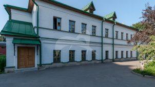 Старый трапезный корпус, 1-я треть XIX в., ансамбль Зачатьевского монастыря