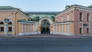 Ворота, конец XVIII — начало XIX вв., городская усадьба Хрущевых-Селезневых
