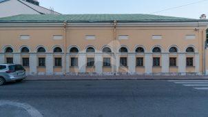 Конюшни, городская усадьба Хрущевых-Селезневых