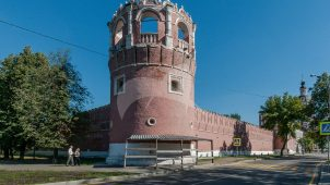 Башня № 2 — круглая угловая северо-западная, ансамбль Донского монастыря