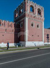 Башня № 1 — квадратная на западной стене, ансамбль Донского монастыря