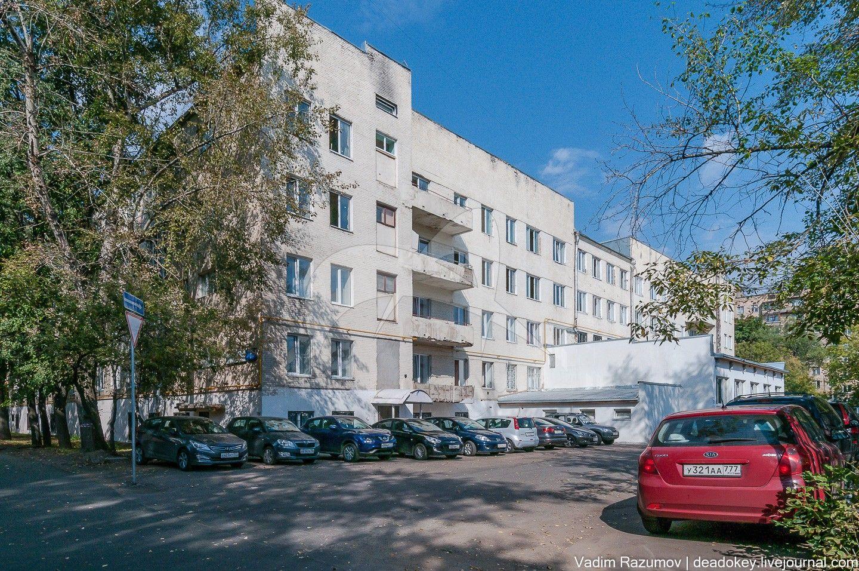 Дом-коммуна, общежитие текстильного института, 1929-1931 гг., арх. И.С. Николаев