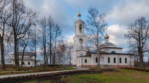 Церковь Похвалы Богородицы, 1824 г., вторая половина XIX в., 1907-1914 гг.