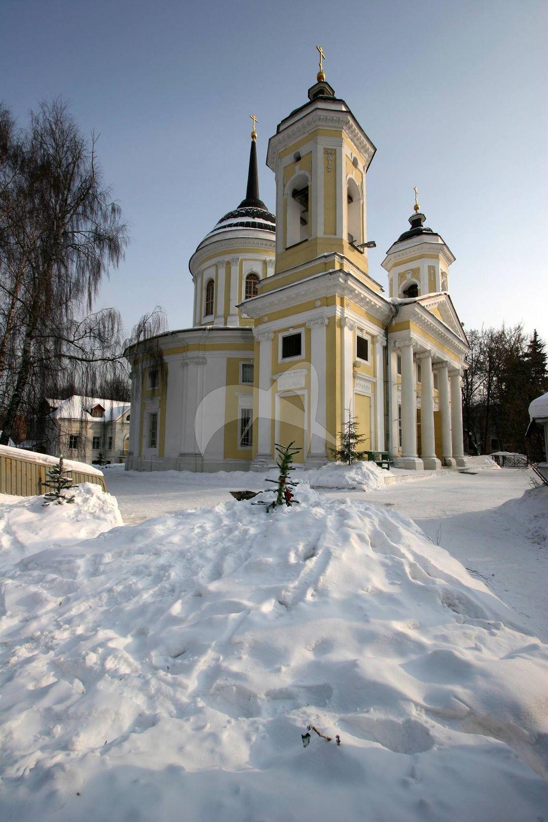 Церковь Спаса Преображения Господня, 1770-1785 гг., усадьба Пехра-Яковлевская