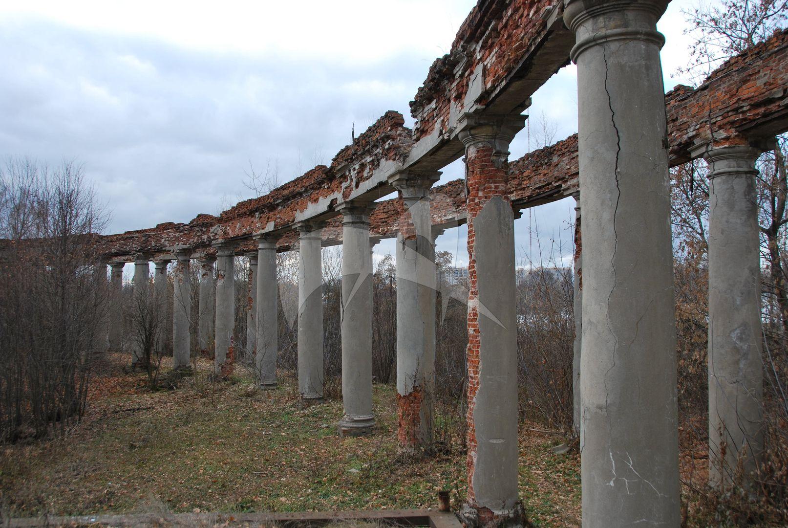 Галерея-колоннада с павильоном, усадьба Горенки, ХVIII в.