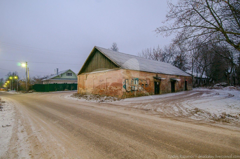 Служебные постройки к школе, усадьба Обольянинова, ХVIII в.