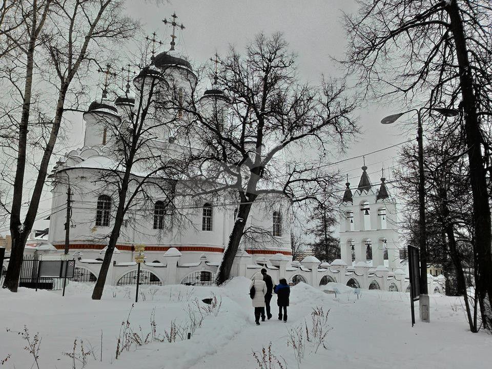 Церковь Преображения, 1600-е, усадьба Вяземы (Годуновых)