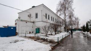 Западный братский корпус, Ансамбль Бобренева монастыря, ХVII-ХVIII вв.