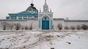 Святые ворота, Ансамбль Бобренева монастыря, ХVII-ХVIII вв.
