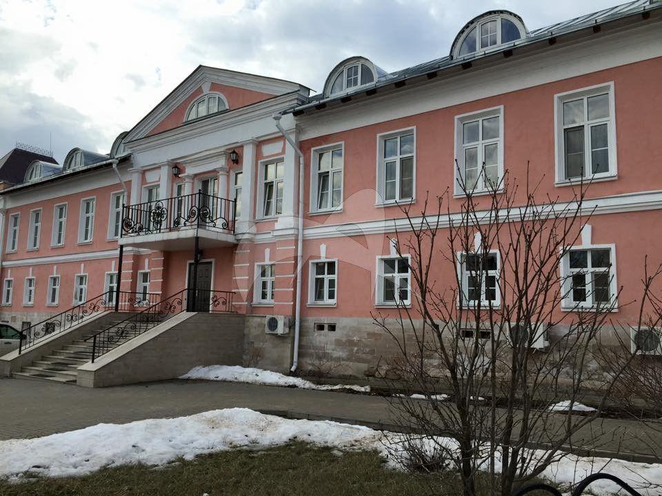 Настоятельский корпус, Владычный монастырь, ХVI-ХVIII вв.