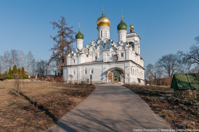 Церковь Николая Чудотворца, 1664-1665 гг., арх. Потехин П., 1840-е гг., усадьба «Никольское-Урюпино»