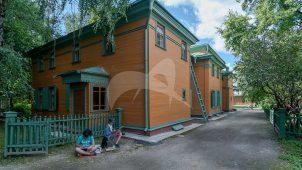 Ансамбль дома-усадьбы, в которой жил Толстой Лев Николаевич в 1882-1901 гг. В доме — мемориальный музей Л.Н. Толстого.